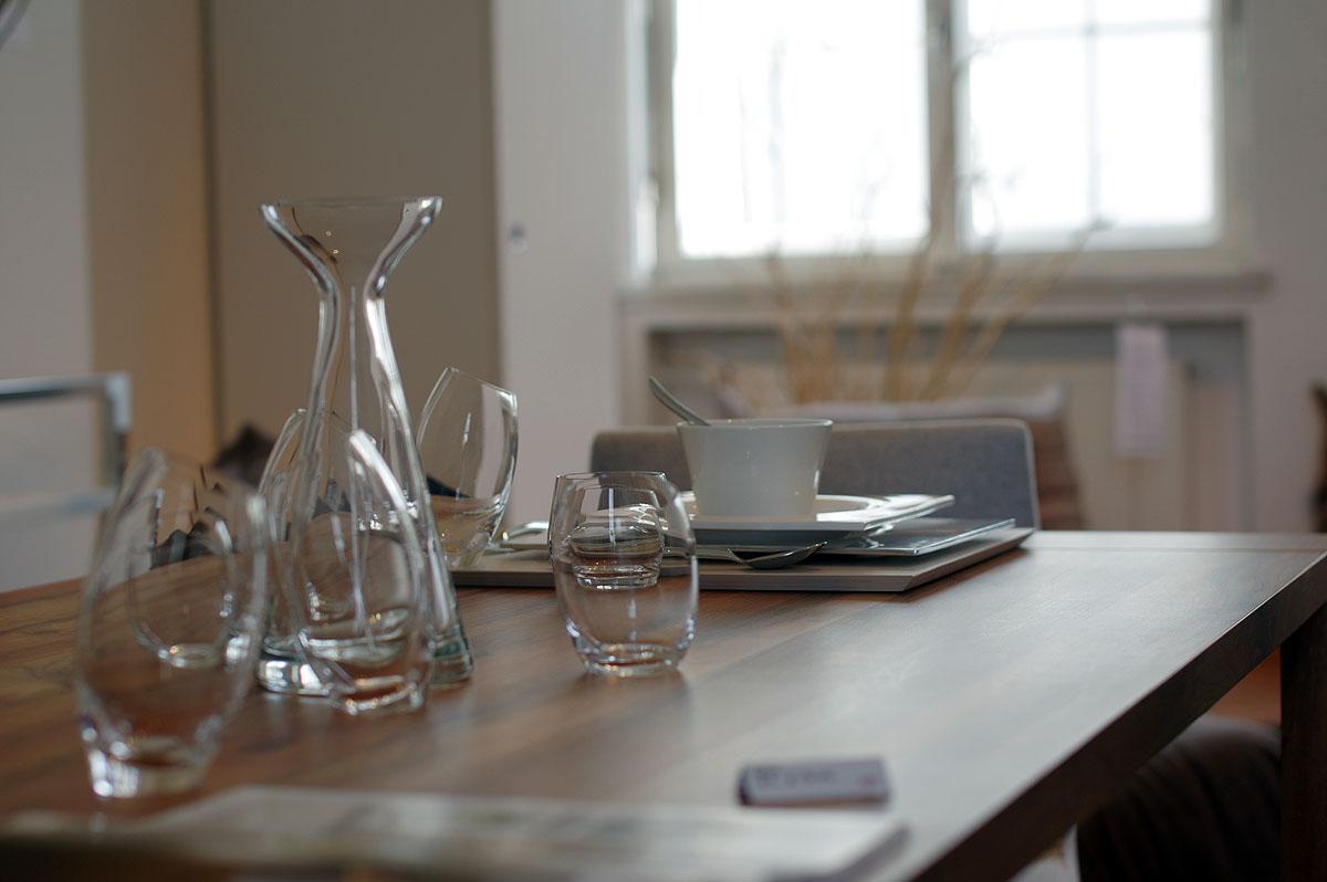 impressionen ligne roset. Black Bedroom Furniture Sets. Home Design Ideas